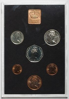 1976 Queen Elizabeth Ii Great Britain Commemorative Proof Coin Set