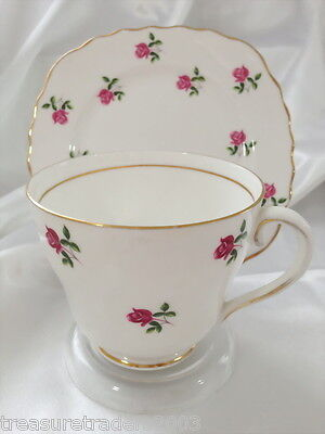 ♡ DUO COLCLOUGH PINK ROSE BUDS ON WHITE LARGE TEA CUP & SIDE PLATE no saucer