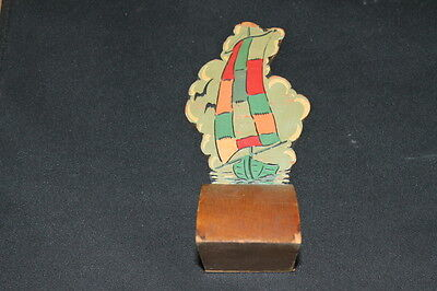 pair vintage red & green handpainted handmade wooden bookends sailboats ships