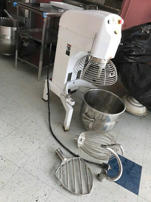 Dough mixer 40qt + a new extera 1 1/2 H 3 phase motor + all components