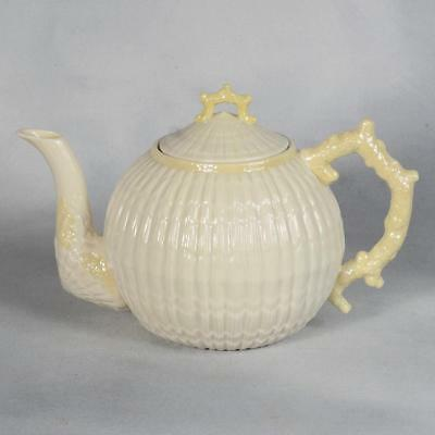 Belleek Limpet Yellow 6 Cup Teapot