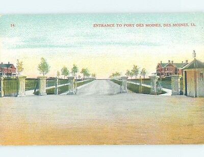 Unused Divided-Back POSTCARD FROM Des Moines Iowa IA HM5636