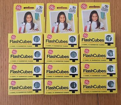 Case LOT OF 36 GE FLASH CUBES - 144 FLASHES
