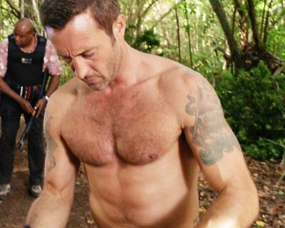 ALEX O'LOUGHLIN OLOUGHLIN Fire Will Never Say SHIRTLESS 8X10 8 X 10 PHOTO YCY 01