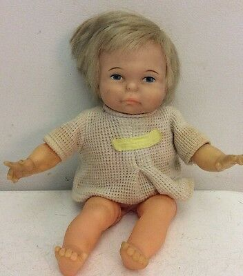 Vintage 1960's IDEAL Thumbelina Pull-String Newborn Doll