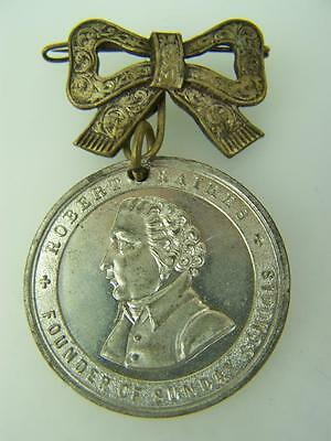 Sunday School Centenary Celebration medal medallion 1880 Robert Raikes 927