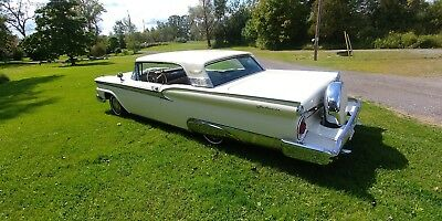 Ford: Galaxie 1959 Ford Fairlane Galaxie
