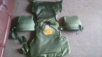 Ballistic body Armour with  Large curved Ballistic Plates