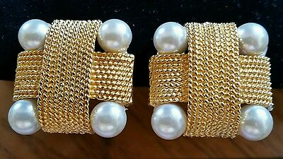 Pearl Lovers! Square Button Cluster Pearl Golden Clip Earrings