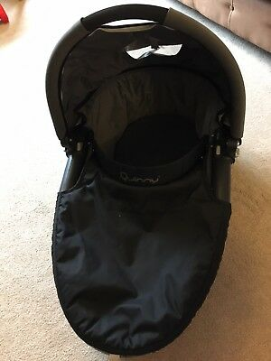 Quinny Buzz Carrycot / Bassinet