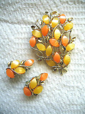 Vintage Lucite Peach/Orange & Yellow Leaf Floral Brooch Pin & Clipback Earrings