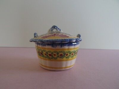 Henriot Quimper Small Lidded Butter Pot  (72.58)