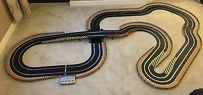 Scalextric Digital Large Layout with Bridge / Hairpin & 2 Digital Cars