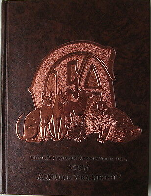Vintage Cat Book  The Cat Fanciiers' Association Inc.  1987 Yearbook