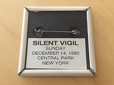 John Lennon 1940-1980 Silent Vigil December 14 Central Park Beatles Orig Button