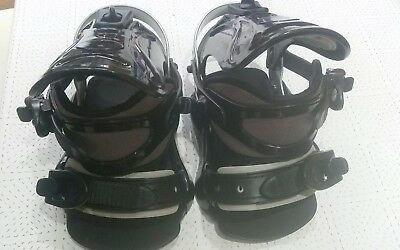 Snowboard bindings medium large. Immaculate condition. Black and silver grey