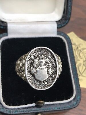 Unusual Vintage London 1975 Sterling Silver Heraldic Knight Crest Mens Seal Ring