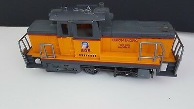 """New Ray CABOOSE UNION PACIFIC Train Car Toy 12"""" long moving wheels"""