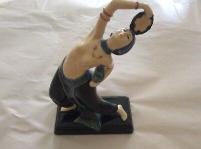 ART DECO (c1918) PORCELAIN GYPSY DANCER WITH TAMBORINE - UNSIGNED