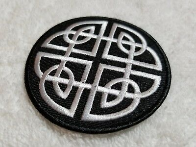 "Celtic Shield Knot Embroidered Iron On Patch - 7cm / 2.75"" - Protection Symbol"