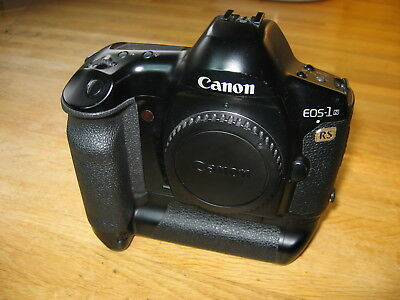 Canon EOS-1NRS EOS-1n RS SLR Camera