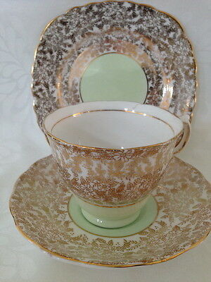 Trio Tea Cup Saucer Side Plate Colclough Bone China Chintz Gold Green Centre