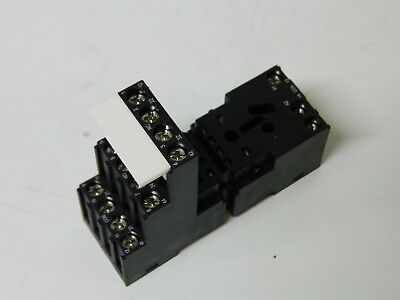 Foxtam PYF-14BE/3 14pin Relay Base 300vac 14A
