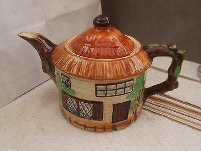 Round Thatched Cottage Shaped Teapot    Made In England ?beswick