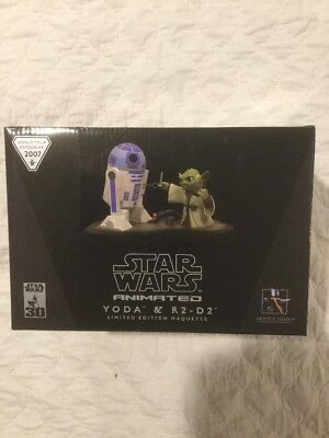Gentle Giant Yoda & R2-D2 Animated Maquette World Tour Exclusive Brand New!