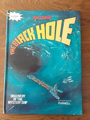 THE BLACK HOLE -  book. 1979 PURNELL.Walt Disney productions.