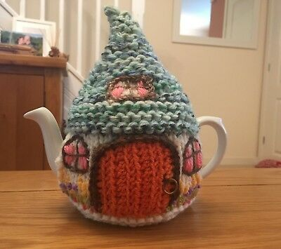 New Hand Made Crochet Country Cottage Hobbit Tea Cosy Small Teapot Cover