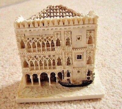 Collectable Venice Italy miniature Palace ornament