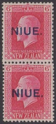 NIUE KGV 1921 Issue 6d SG30b Mixed Perf Pair Never Hinged 1 Wrinkled cv £32