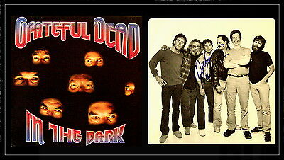 GRATEFUL DEAD signed IN THE DARK record sleeve