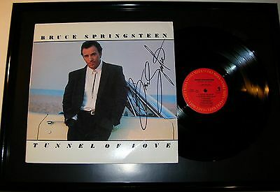 BRUCE SPRINGSTEEN signed TUNNEL OF LOVE record cover