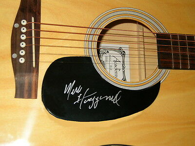 MERLE HAGGARD  signed  acoustic GUITAR