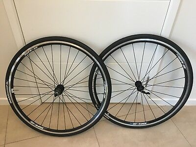 Giant Road Bike Wheels