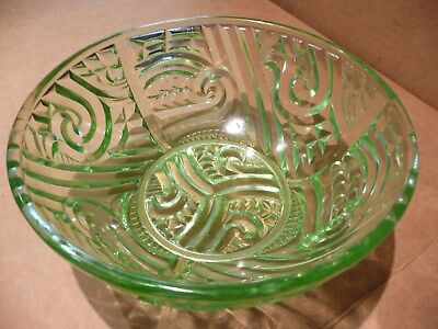 "STUNNING GREEN 1930s ART DECO CROWN CRYSTAL ""MAORI"" DEPRESSION GLASS BOWL"