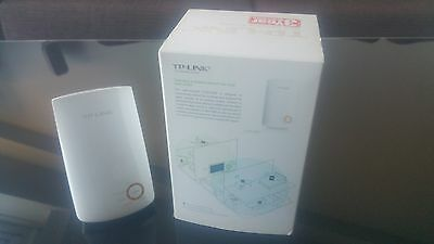 TP-LINK TL-WA750RE 150Mbps UNIVERSAL WIFI EXTENSOR RED AMPLICADOR