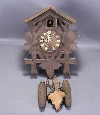 vintage wooden  cuckoo clock black forest spares or repair coucou pour pieces