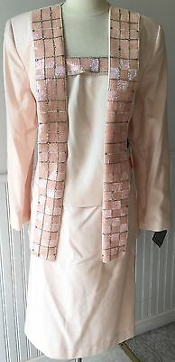 c.1980s DELLA ROUFOGALI 3pc Powder Pink Formal Occasion Skirt Suit - Sz. 18