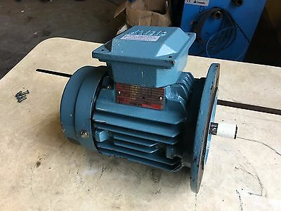 ABB Electric Motor 3 Phase  220 Volt / 480 Volt   0.75 KW  / 1 HP