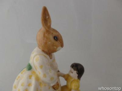 Royal Doulton Bunnykins - Dolly Bunnykins 'Playtime' - DB80  Rare Colorway