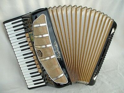 HOHNER PIROLA IV P ViNTAGE GERMANY PiANO AKKORDEON ACCORDiON 120 BASS Аккордеон