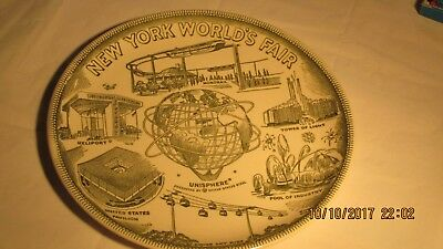 1964/ 1965 New York  World's Fair Plate.and Worlds Fair Picture Pack / Cards