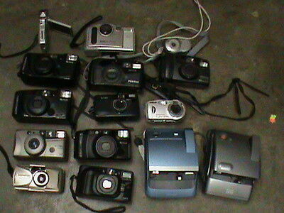 Large Lot of Vintage Cameras 35mm and Others. FUGI KODAK BELL HOWELL MINOLTA
