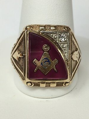 Gothic Solid 10K Gold Red Masonic Ring ~ Size 11