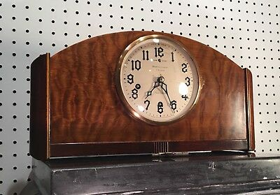 "New Haven ""Orleans"" Westminster Chime Art Deco Mid Century Mantle Table Clock"