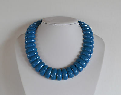 VINTAGE 70's RUNWAY NECKLACE EGYPTIAN REVIVAL BLUE MOLDED PLASTIC OR RESIN