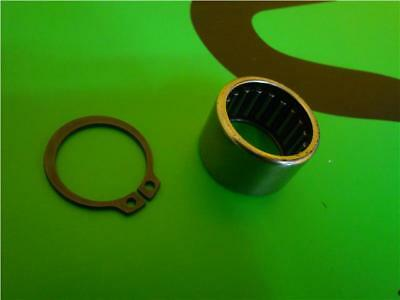 Vespa Px 125 200 Front Hub Needle Roller Bearing And Clip